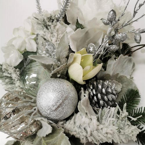 White Snow Christmas Bouquet 2